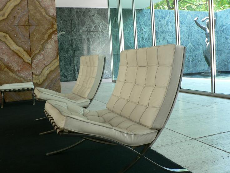 pavellec3b3_mies_van_del_rohe_-_barcelona_chair
